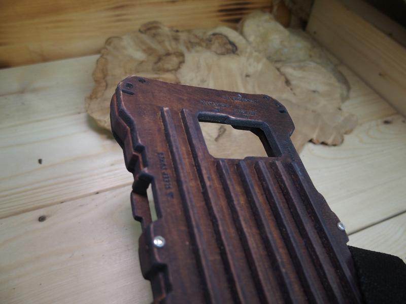 galaxy feel 木製ケース