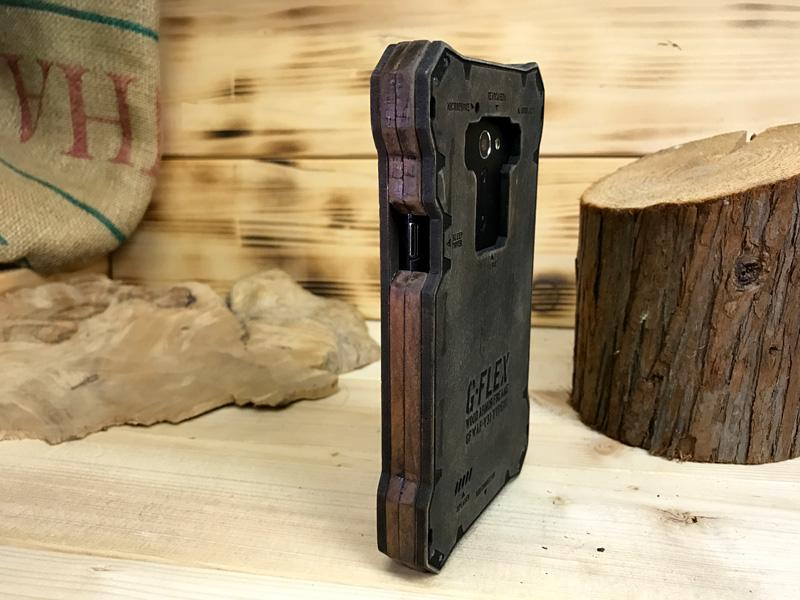 isai lgv31 木のケース