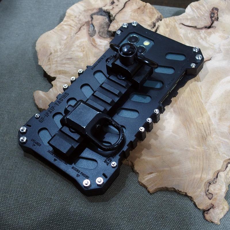 iPhone11 pro タフケース ミリタリー