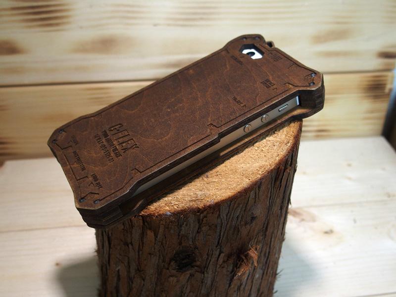 iphoneSE 木のケース