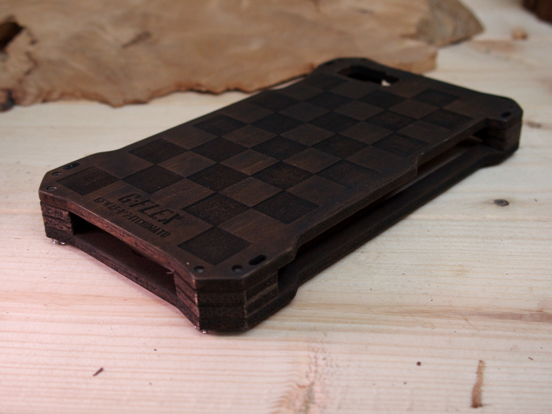 アイフォン8 耐衝撃ケース
