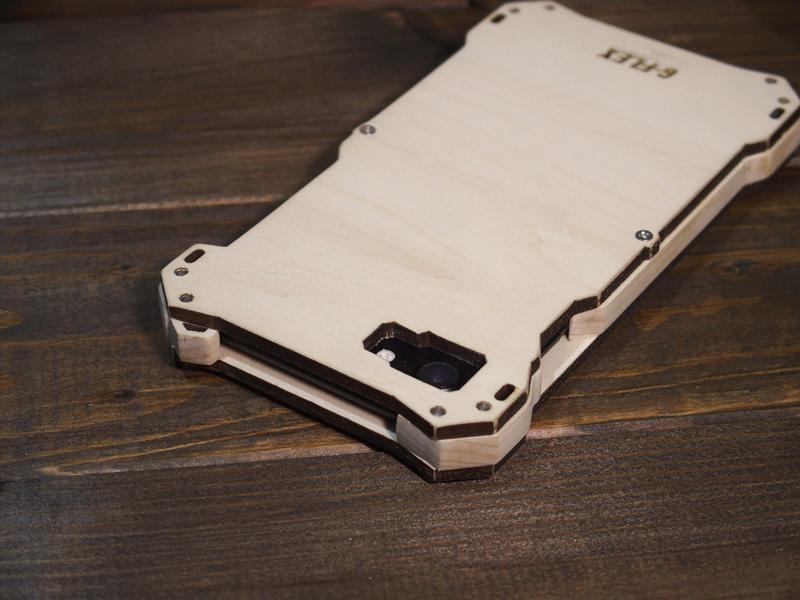 iPhone8 木製ケース