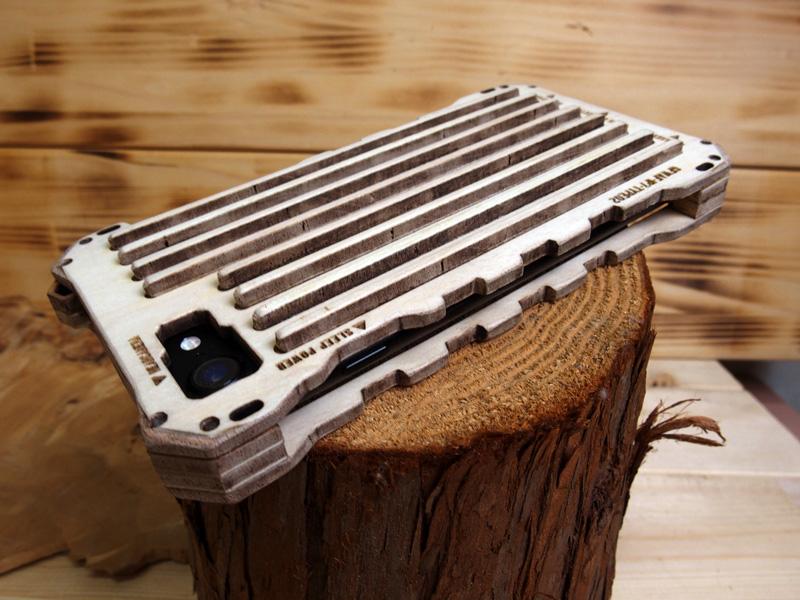 iPhone8 木のケース
