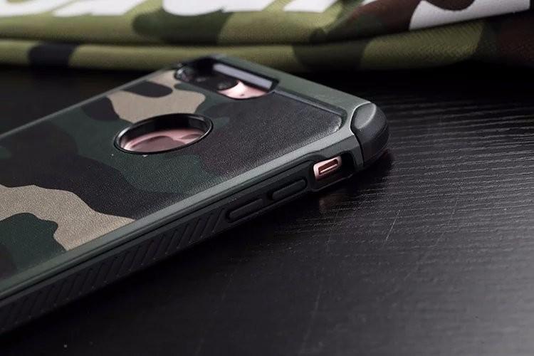 アイフォン7 plus 迷彩 TPU