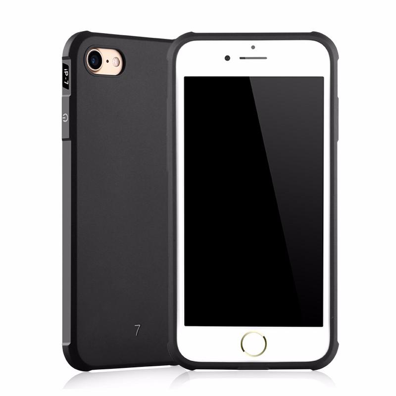 iPhone8 plus 耐衝撃ケース