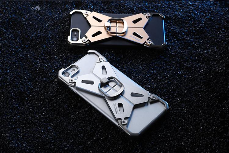 iphone7 鉄のケース