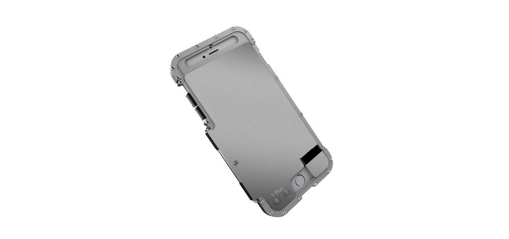 iPhone7 Plus メタルケース丈