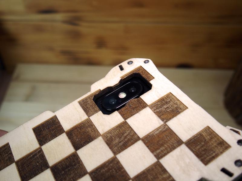 iPhone Xs 市松模様