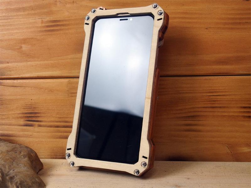 iPhone X 米軍規格