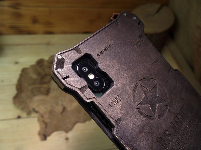 iPhone X 耐衝撃ウッドケース