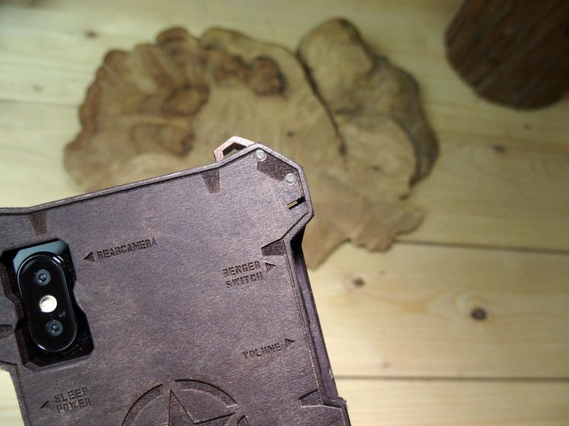 iPhone X 木製ケース