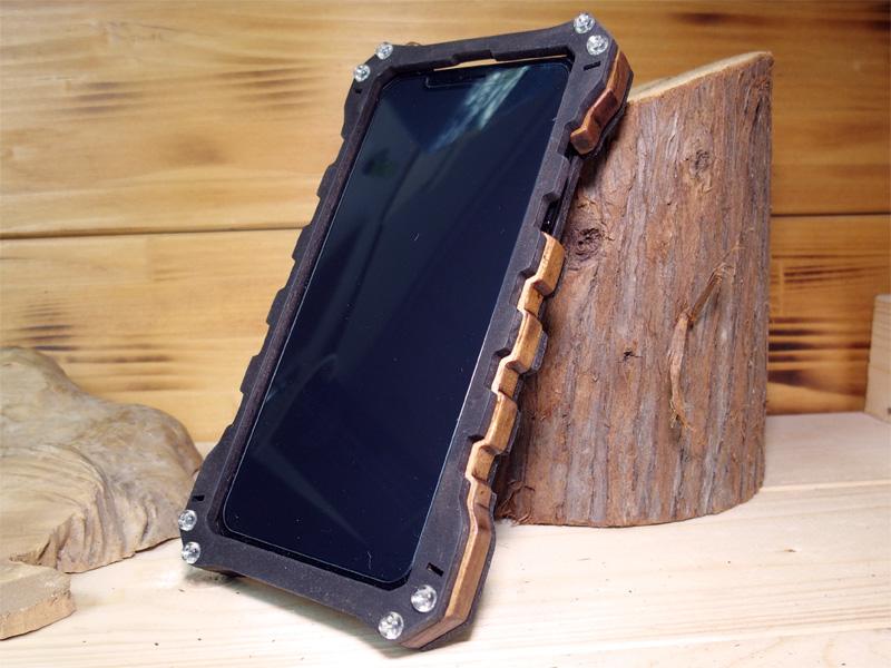 iPhone Xs 木製ケース