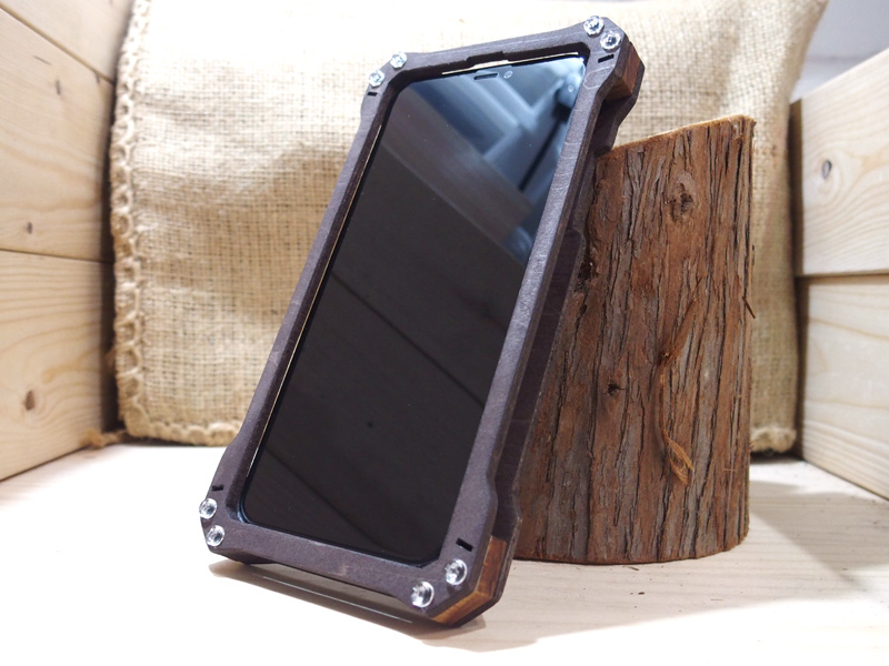 iPhone XR military case
