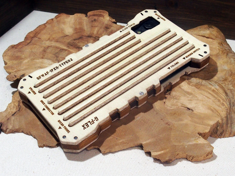 iPhone XR ハンドメイド ケース